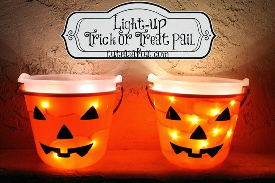 Light up Trick or Treat Pail