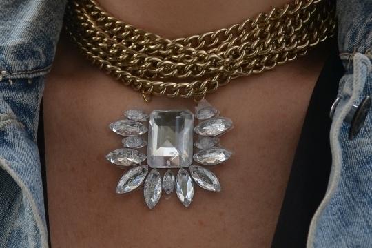 DIY jewel pendant necklace