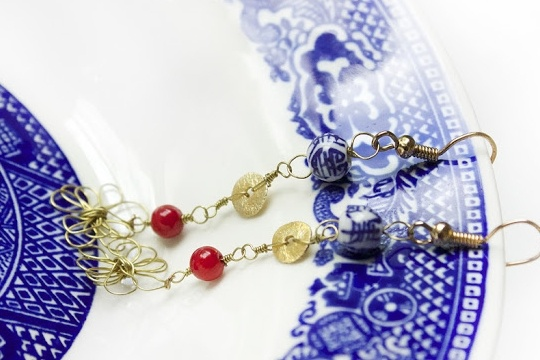 Dainty abstract flower earrings