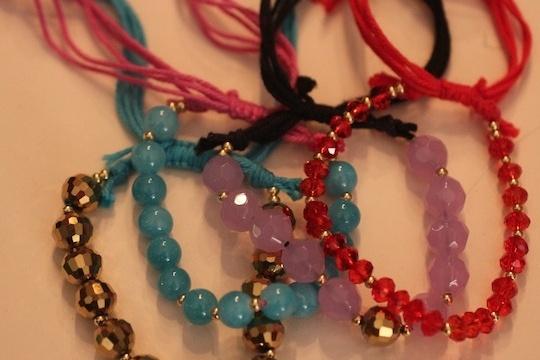 Diy: shashi inspired adjustable gemstone friendship bracelet