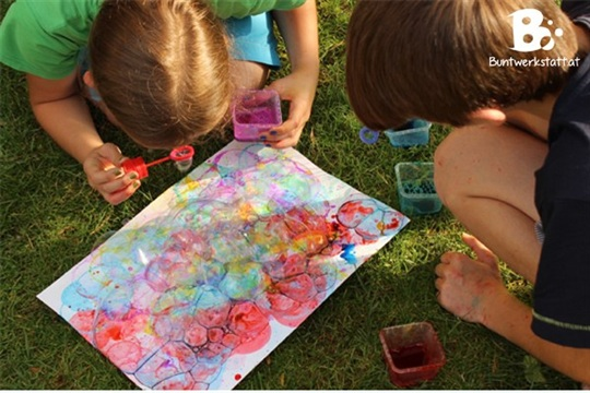 Painting with Bubbles colorful crafts