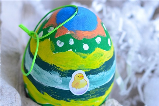 Easter craft for kids Dollar Store Painted Eggs