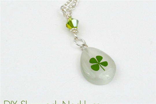 Shamrock Necklace Tutorial For St. Patrick's Day