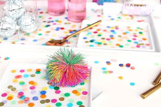 Ring in the New Year With This DIY Confetti Tray