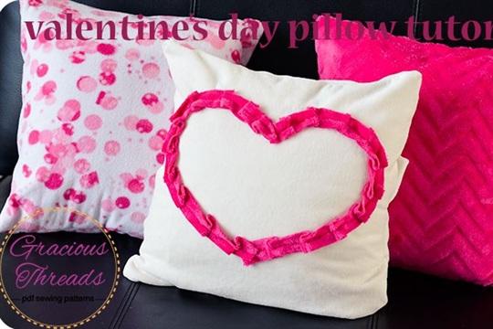 Easy Valentine's Day Fleece Pillow Slipcover Tutorial