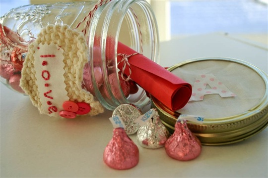 Message In A Bottle DIY Valentines to give the Kiddos