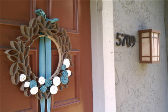 How Tuesday Spring Wreath of Awesomeness