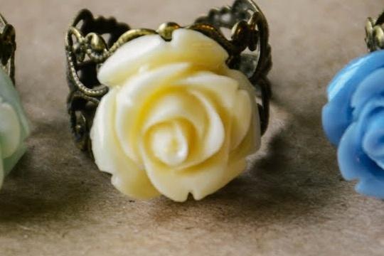 Diy: rose rings