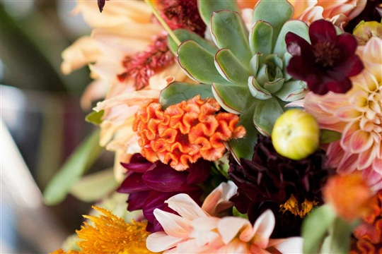 How To Make A Bright Colorful Wedding Bouquet