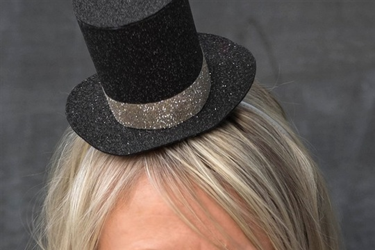 DIY Gitter Mini Top Hat