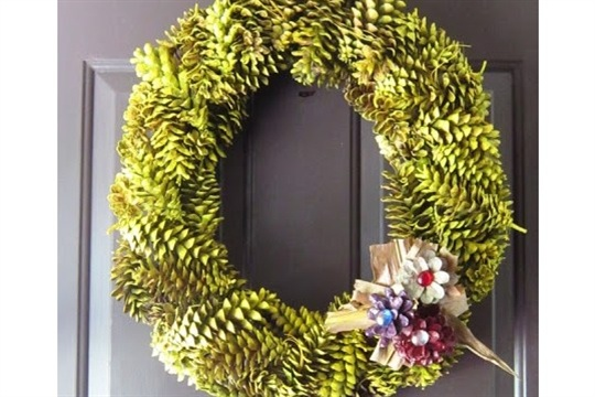 Pine Cone Wreath for Fall How To