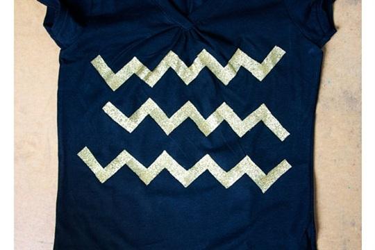 DIY Holiday T Shirts