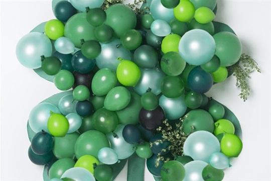 Balloon shamrock backdrop for St. Patrick's Day