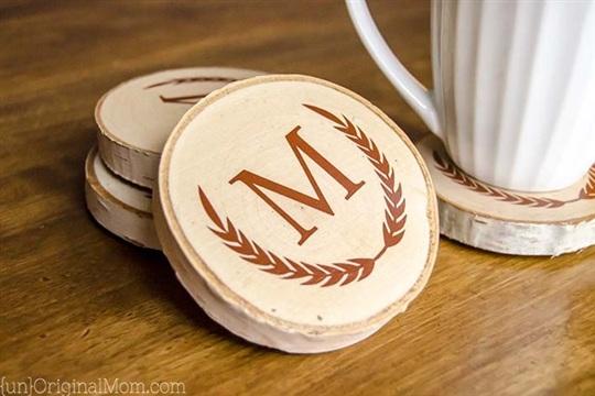 DIY Painted Wood Slice Coasters