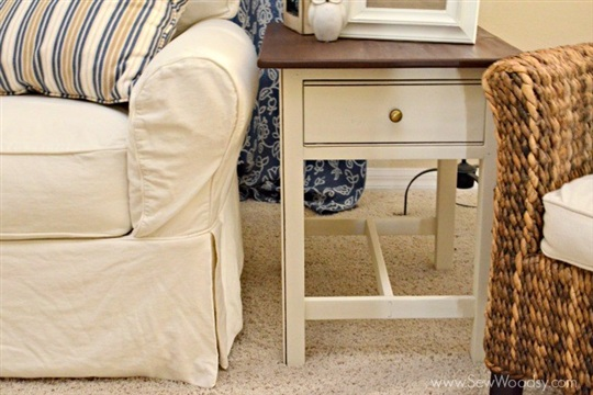 {Video} How to Refinish an End Table with 3M DIY
