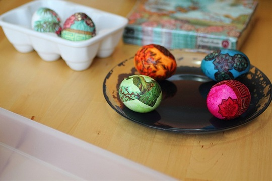 Napkin Egg Decorating