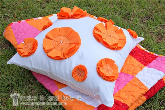 Decorate My Home, Part 21 Flowered Pillow Cover Make It and Love It