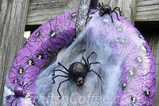 A Halloween duct tape wreath that's scary easy to make