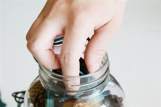 DIY Lighted Potpourri Jar