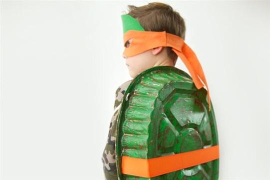 Easy to Make Teenage Mutant Ninja Turtle Costume Crafts