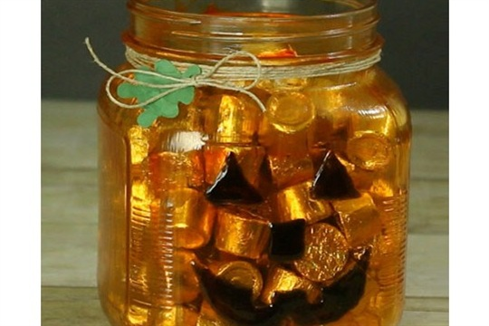 Fun Jack O'Lantern Jar Halloween Craft