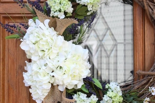 Summer Hydrangea Wreath Tutorial