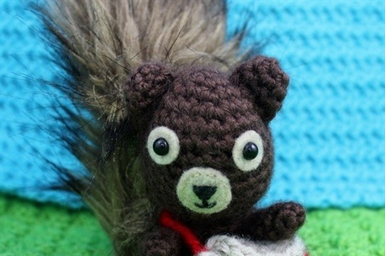Crochet Purse or Satchel for Your Squirrel Friend